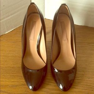 Hugo Boss Blk Patent leather Pumps